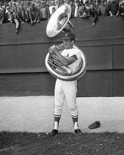 St Louis Cardinals BOB UECKER w/ a Horn Glossy 8x10 Photo Pr