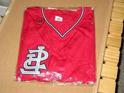 St Louis Cardinals Shirt Adult XL V-Neck Short Sleeved. New